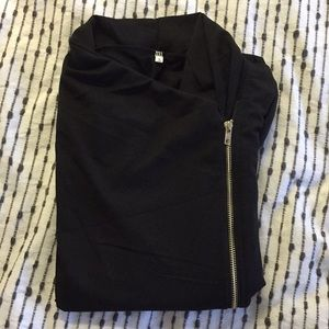 Jackets & Coats - NWOT Side zip cardigan with crowl neck